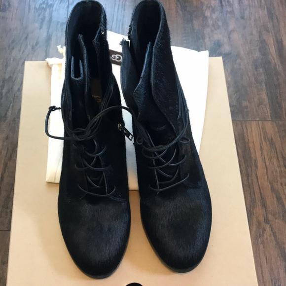 88d3cdddb50 NWT UGG oriana exotic black cow hair boots NWT